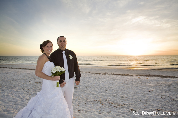 Fort Myers Beach Weddings: Fort Myers Beach Wedding – New Years Day
