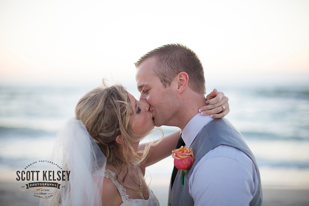 barefoot-beach-wedding-photographer-007