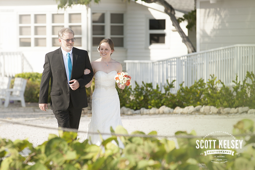 scott-kelsey-wedding-sanibel-island-inn-0017