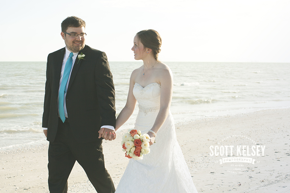 scott-kelsey-wedding-sanibel-island-inn-009